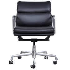 Cheap Office Chair Enchanting Herman Miller Eames Desk Chair 45 On Cheap Office