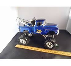 monster jam 1 24 scale trucks 1 24 scale 1956 chevy 3100 step side monster truck wrecker w