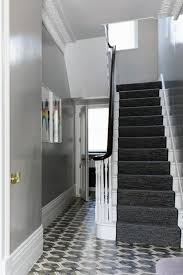 wall decoration in the hallway u2013 50 decorating tips and wall paint