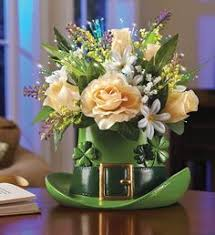 Beer Centerpieces Ideas by Beer Mug O U0027 Blooms I Am Totally Making These For Our Pub Themed St