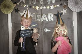 5 easy crafts for your kids to do on new year u0027s eve wee lil u0027 bits