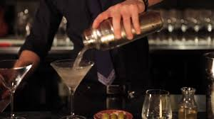 extra dry martini mixology how to make a dirty martini youtube