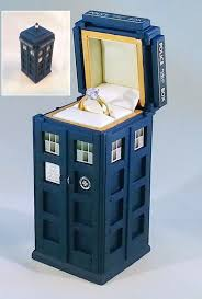 doctor who wedding ring tardis ring box raggedyfan
