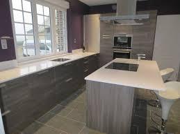 cuisine bois gris cuisine grise et blanche collection avec bois blanchi newsindo co