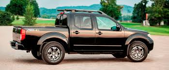 nissan frontier diesel engine pickup truck survey what are 350 lb ft and 30 mpg worth nissan
