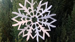 paper snowflakes fiocchi di neve di carta christmas crafts for