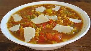 cuisiner lentille recette soupe épaisse de lentilles corail aux poivrons toutes les