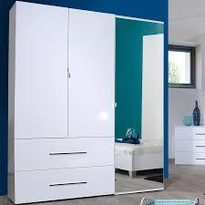chambre laqué blanc brillant armoire dressing 3 portes 2 tiroirs laqué blanc uno univers chambre