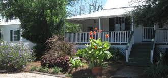 Backyard Guest Cottage The Raney Guest Cottage In Apalachicola Florida Experience