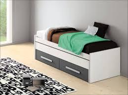 meuble blanc chambre mobilier de chambre idees armoire beau blanc com bois pas