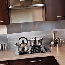 cuisine credence carrelage credence cuisine imitation carrelage fabulous le choix du marbre