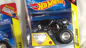monster jam batman truck batman vs superman jam wheels monster truck videos batman vs