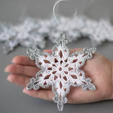 gorgeous set of 6 crocheted ornaments a must for