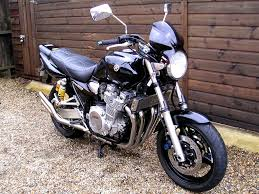 sold yamaha xjr1300 dan moto exhausts sounds lovely 2005 05