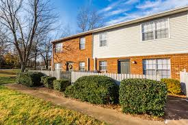 amenities colonial apartments in greensboro nc