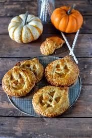 26 easy halloween dessert ideas best recipes for halloween desserts