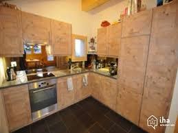 cuisine chalet montagne location chalet dans un hameau à mottec iha 59941