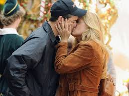 friday night lights tv show free streaming 10 reasons coach taylor and tami taylor are our relationship goals