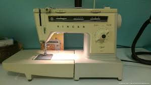 sewing machines marilyn fenn decor