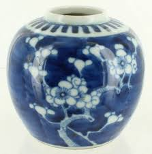 antique chinese export hand painted ginger jar blue white cherry