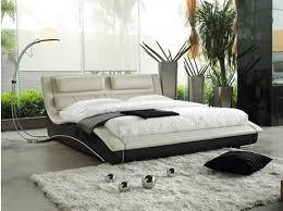 Contemporary Italian Bedroom Furniture Contemporary Bedroom Furniture White Padded Cushion Flanked