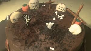 halloween cemetery cakes how to make a halloween grave cake youtube