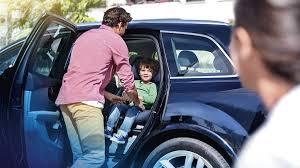 si e auto bebe confort le premier siège auto avec airbags axissfix air planetepapas com