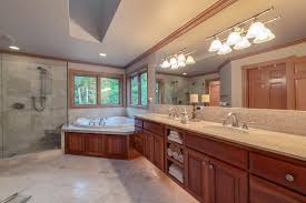 luxury home in lake of the woods in woodinville with acreage plus