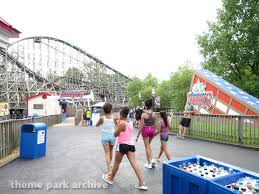 Six Flags St Louis Missouri Theme Park Archive Six Flags St Louis