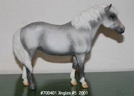 700401 jingles 52001 without tack breyer holiday model horses