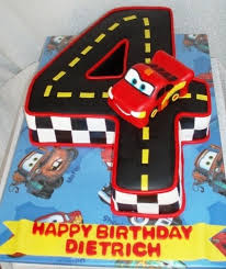 lightning mcqueen cake lightning mcqueen birthday cake best 25 lightning mcqueen cake ideas