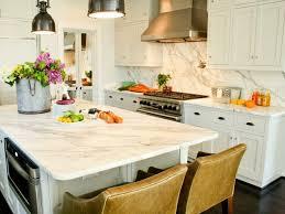 comptoir de cuisine blanc comptoir de cuisine blanc 52 idées élégantes avec du marbre blanc