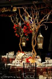 Halloween Wedding Reception Decorations by 22 Best Creepy Elegant Wedding Shenanigans Images On Pinterest