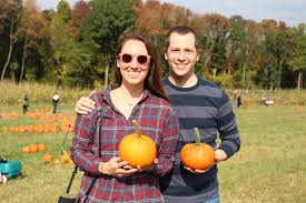 Local Pumpkin Farms In Nj by Local Apple Picking And Pumpkin Patching At Riamede Farm What U0027s