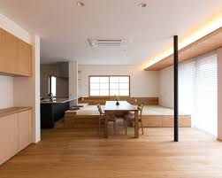sale da pranzo moderne sala da pranzo moderna con pavimento in tatami foto idee
