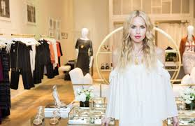 rachel zoe dives into retail with first stand alone store