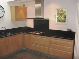 cuisine en chene blanchi cuisine chene blanchi beau cuisine chene clair plan travail noir
