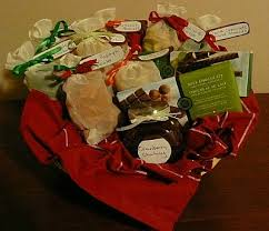 homemade gift basket ideas for friends