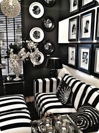 How To Do Minimalist Interior Design Minimalis Black And White Decor For The Minimalist Home Luxury