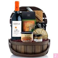 Wine And Cheese Gifts Diy Wine And Cheese Gift Basket Ideas Explore Gift Baskets Gift