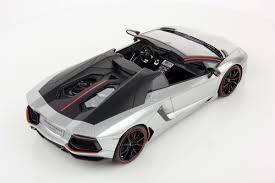 silver lamborghini lamborghini aventador lp 700 4 roadster pirelli edition 1 18 mr