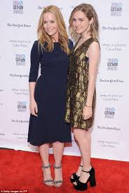 Seeking Maude Leslie Mann And Maude Apatow S Out At