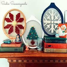 game set cross stitch vintage wooden tennis racket needlework