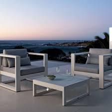 canapé de jardin design salon de jardin en métal escalier extérieur décoration outdoor