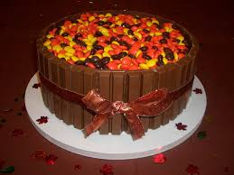 easy thanksgiving food ideas reeses kitkat thanksgiving cake holidays pinterest