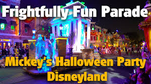 halloween party photo frightfully fun parade mickey u0027s halloween party disneyland