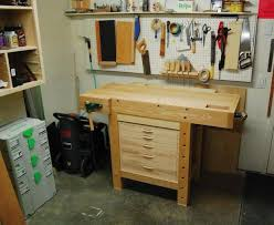 Easy Wood Workbench Plans by Shopnotes Small Workbench Just Missing Levelling Feet For Unideal