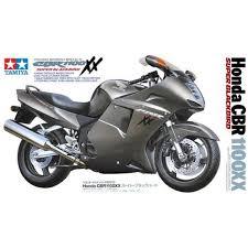 honda cbr motorbike tamiya 14070 honda cbr 1100x super blackbird plastic model motorbike kit