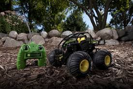 amazon com john deere monster treads radio control gator toys