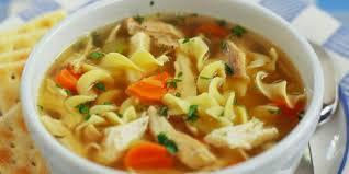 poulet cuisine soupe poulet et nouilles à la mijoteuse roxanne cuisine